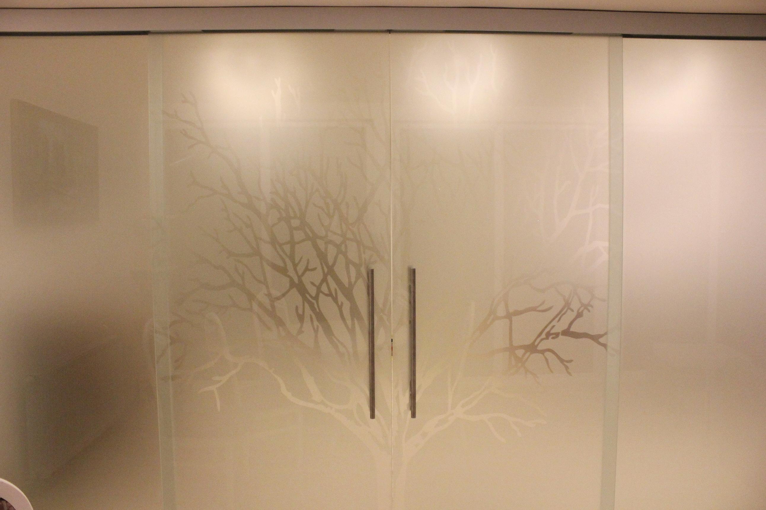 sklenené dvojkrídlové dvere DGG-177.3