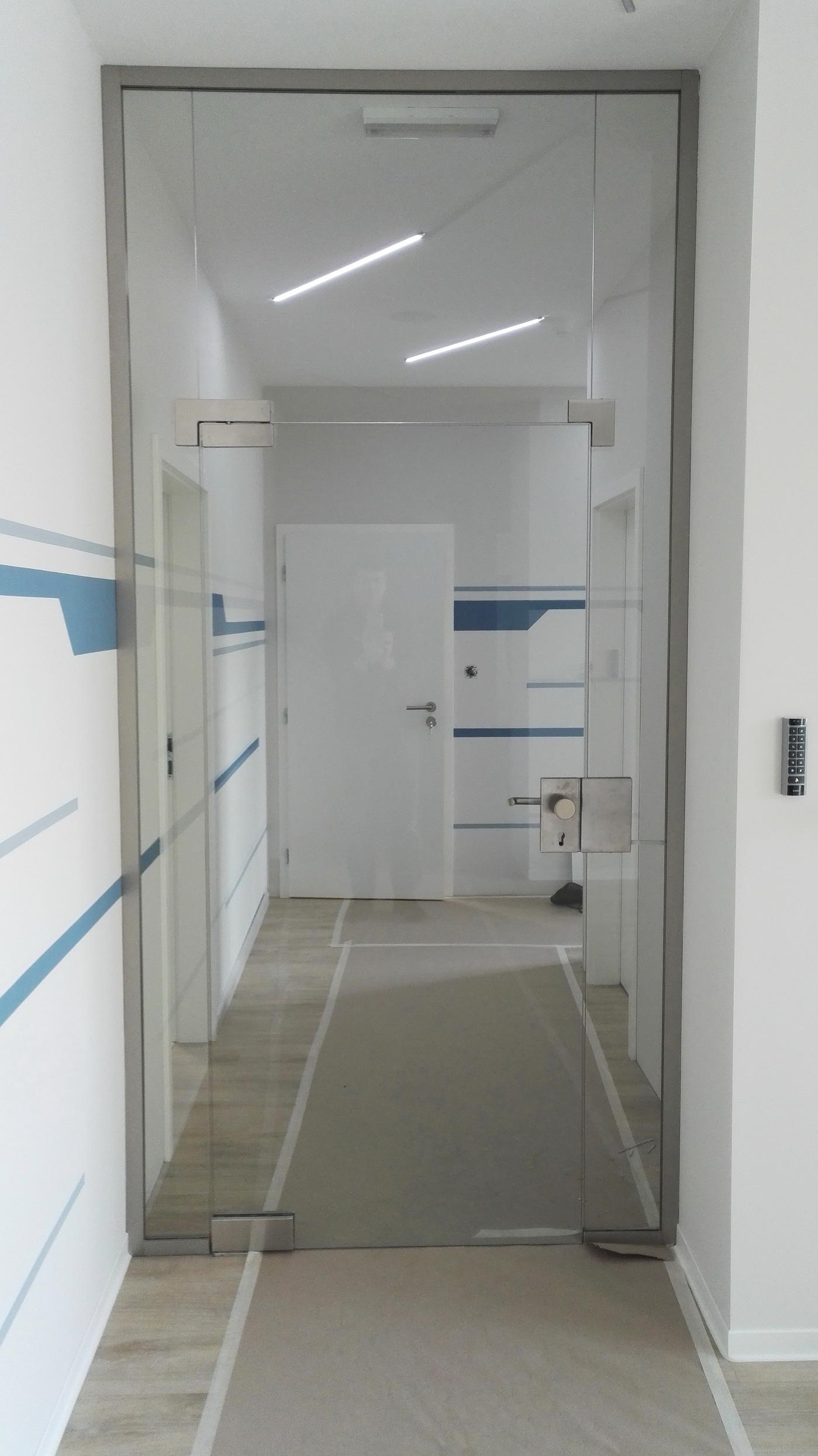 sklenená stena 2