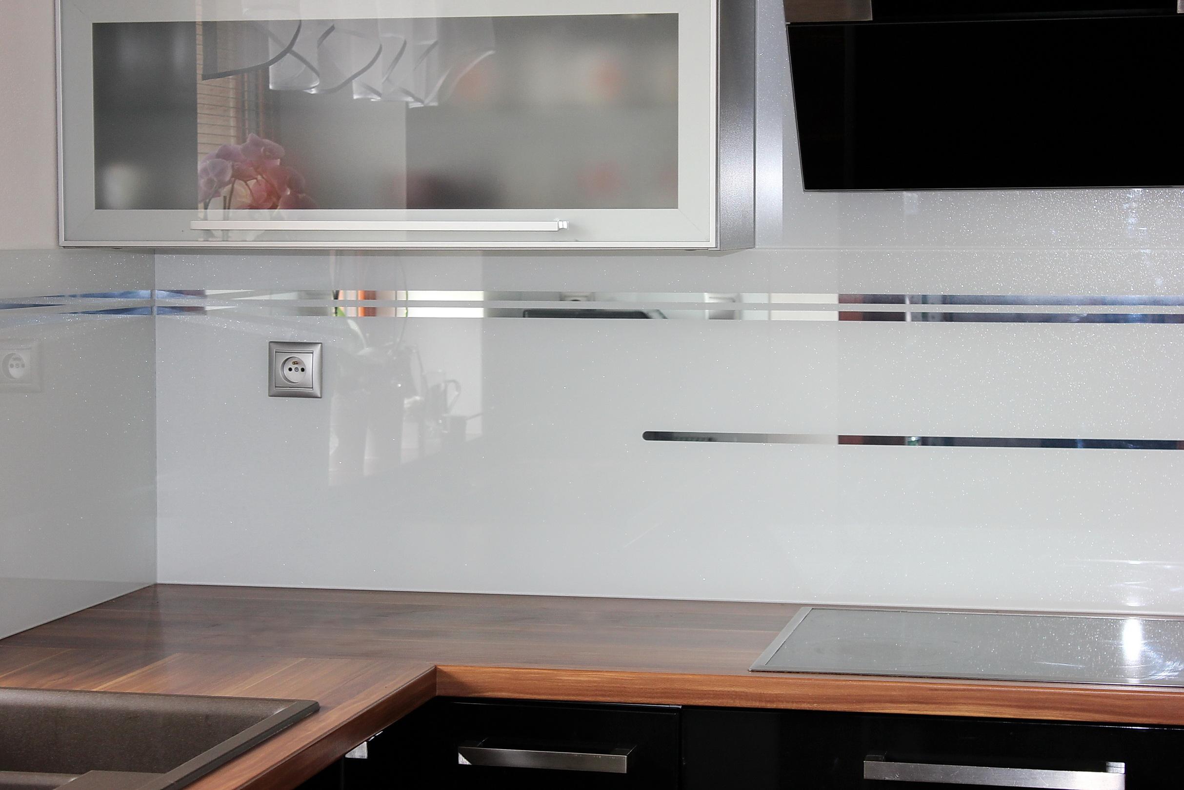sklenená zástena LKZ-322.4