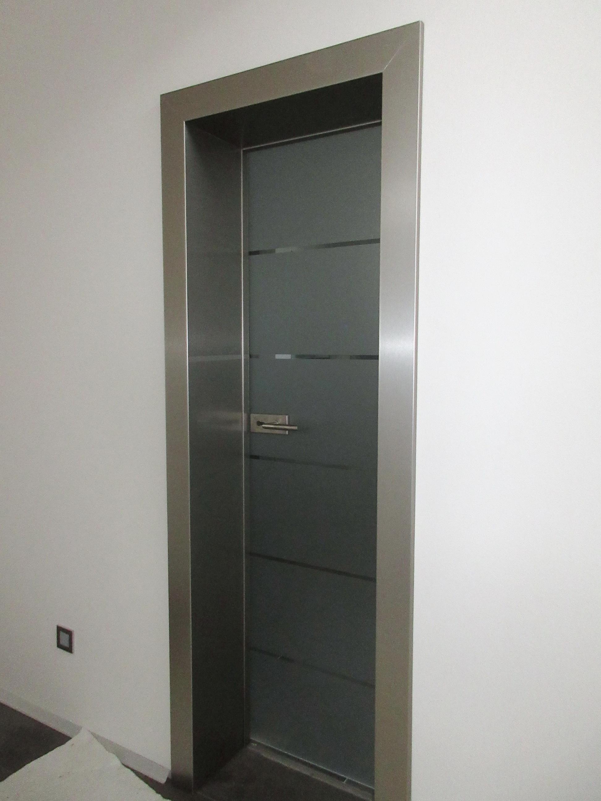 sklenené otočné dvere GG-22