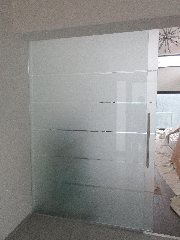 sklenené posuvné dvere GG-22