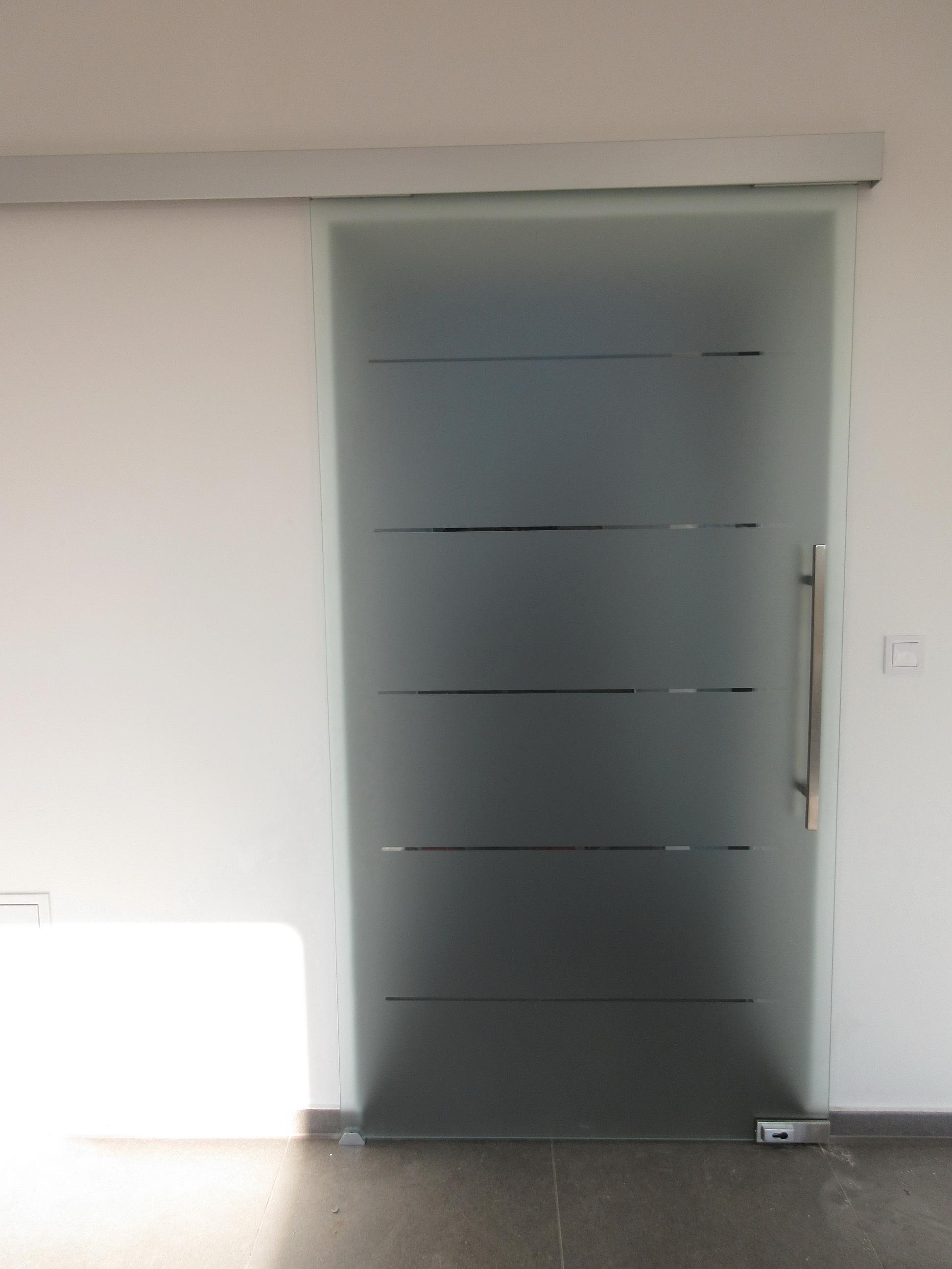 sklenené posuvné dvere GG22