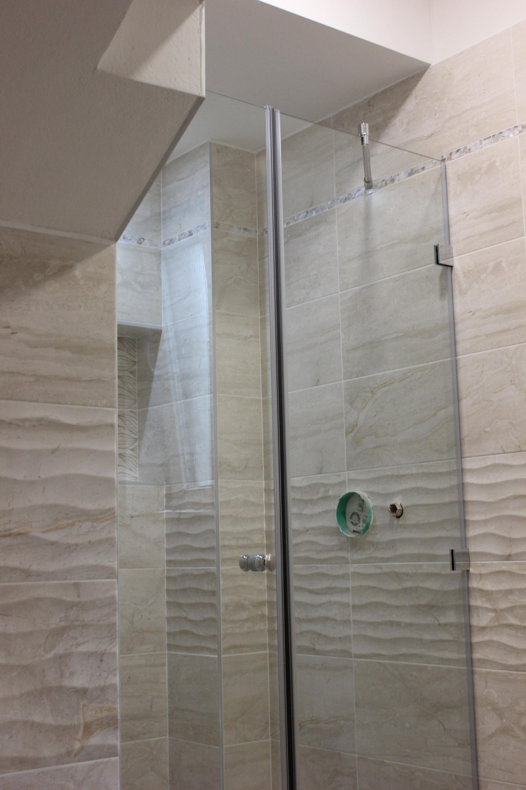 sklenené dvere do sprchy