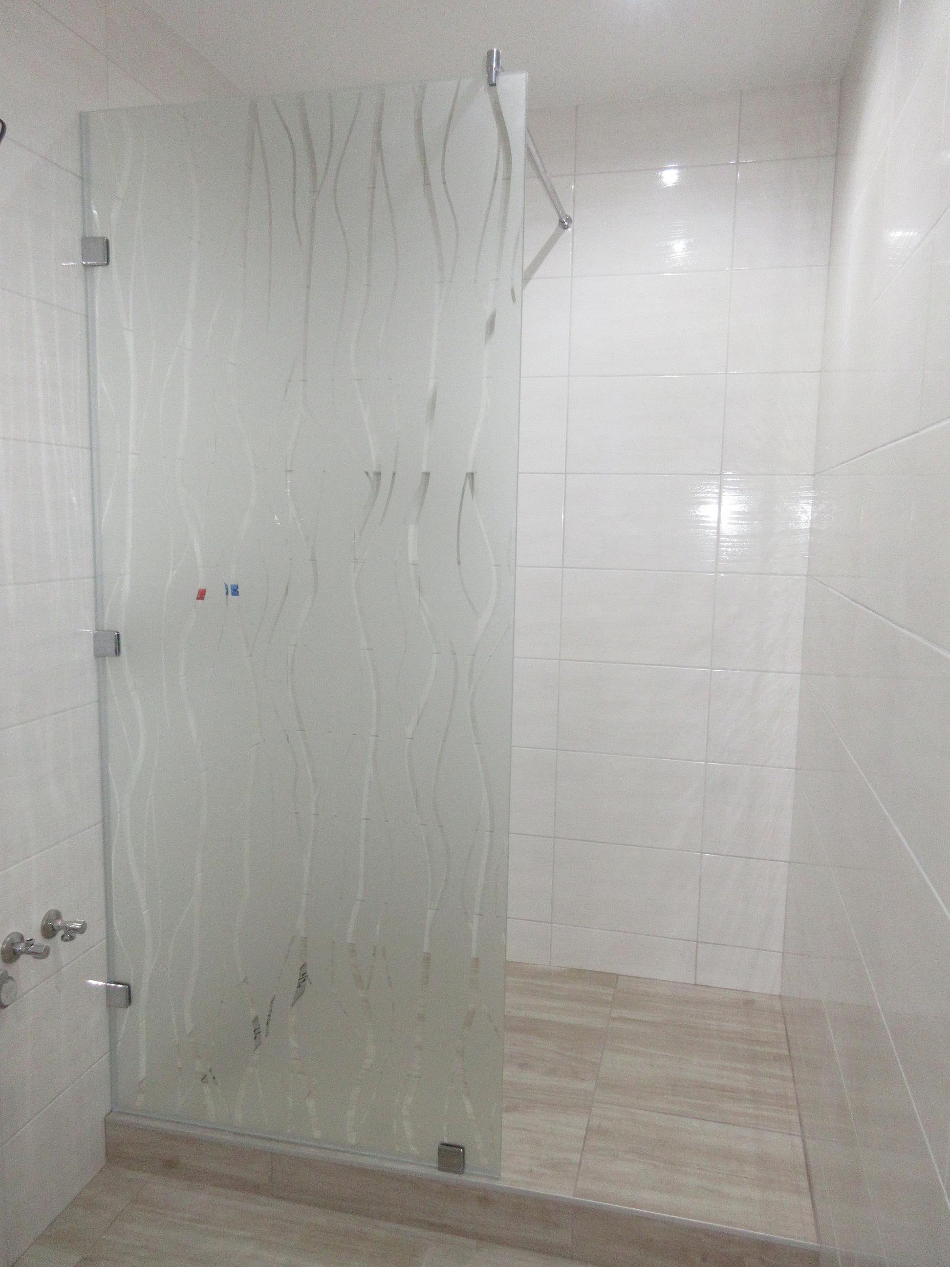zásteny do sprchy