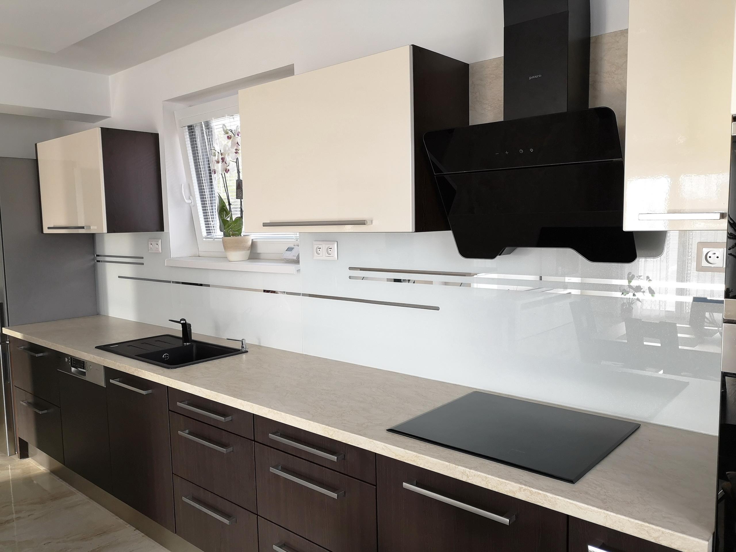 kuchynská sklenená zástena LKZ-322
